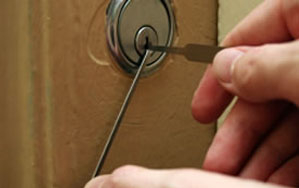 Door locks Bedworth
